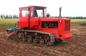 """Гусеничный """"универсал"""" Трактор ДТ 75 технические характеристики"""