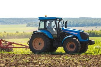 Трактор Агромаш 180ТК технические характеристики, особенности устройства и цена