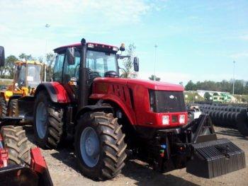 Belarus-tractor-350x263