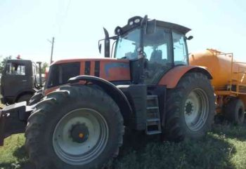 1454353544_Traktor-Terrion-ATM-5280-350x241