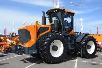 Traktor-Amkodor-350x233