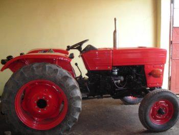 vand-inchiriez_tractor_utb_universal_u_445_1990_6785_1-350x263
